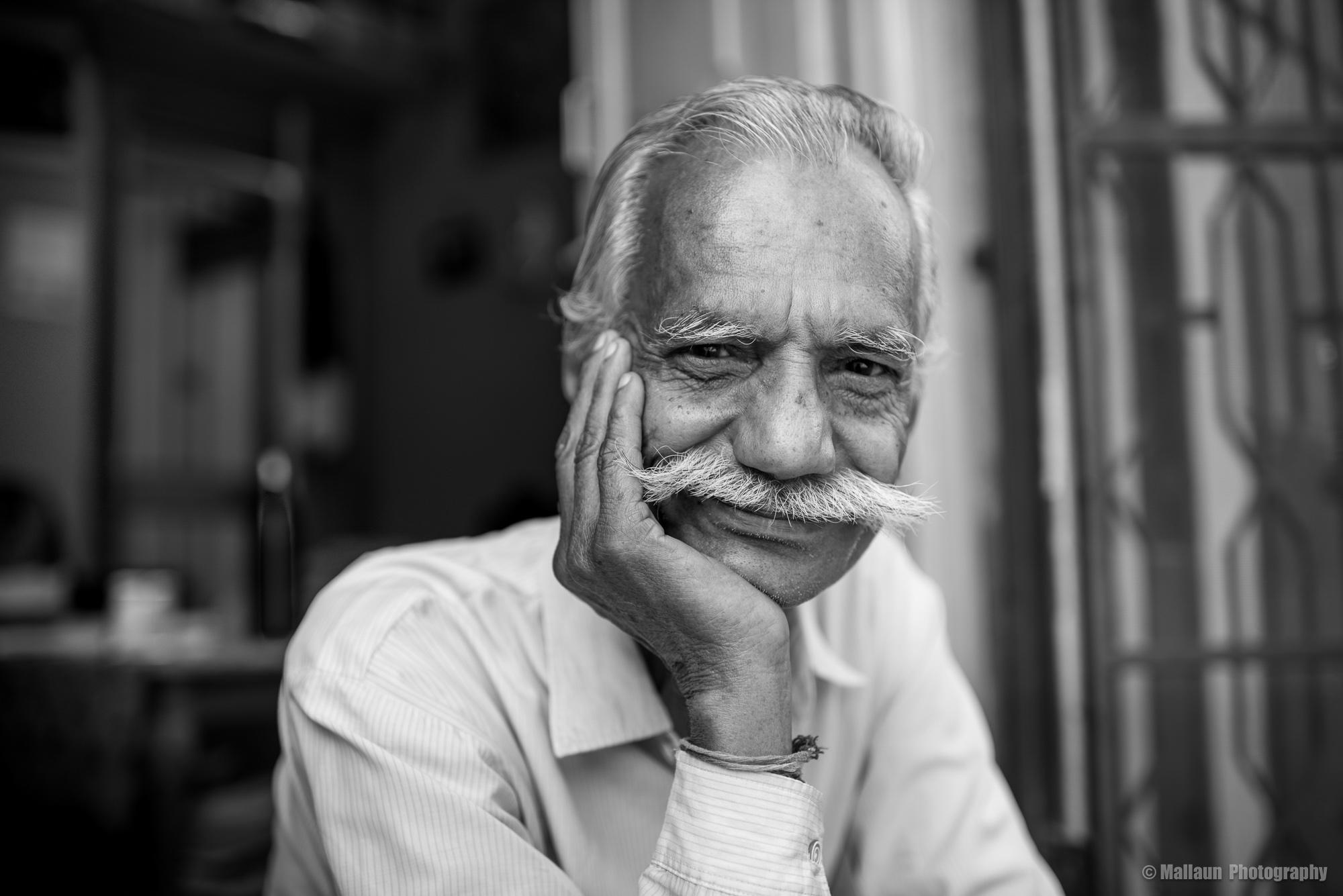 Shivji Joshi ist Professor der Philosophie und Fotograf aus Jodhpur © Mallaun Photography
