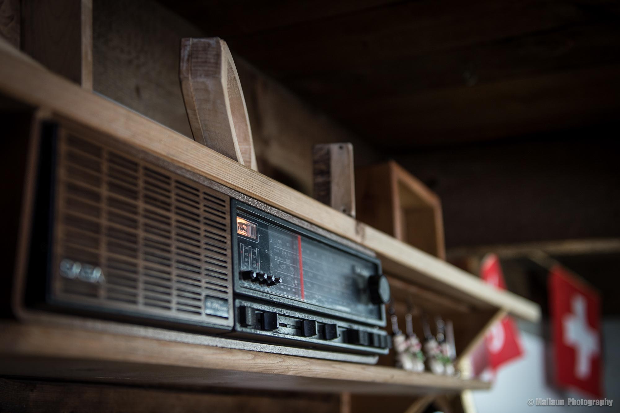Aus dem Radio läuft seit Jahren SRF 2 © Mallaun Photography