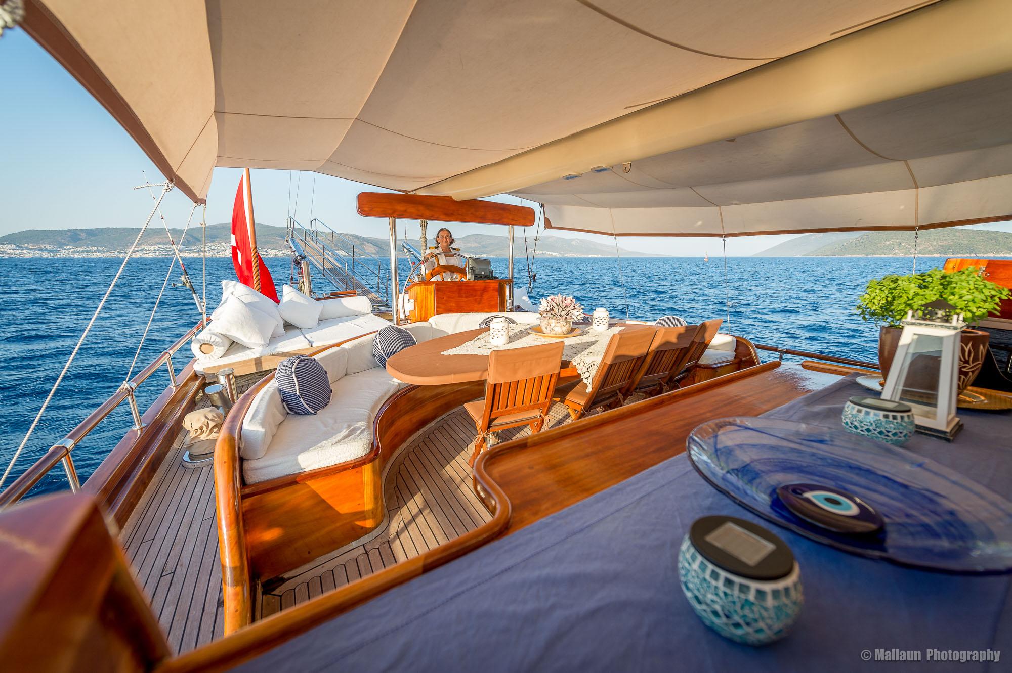 Hier das Abendessen zu geniessen gehört zu den Highlights einer Reise mit der Prinzess Nazan Deniz © Mallaun Photography