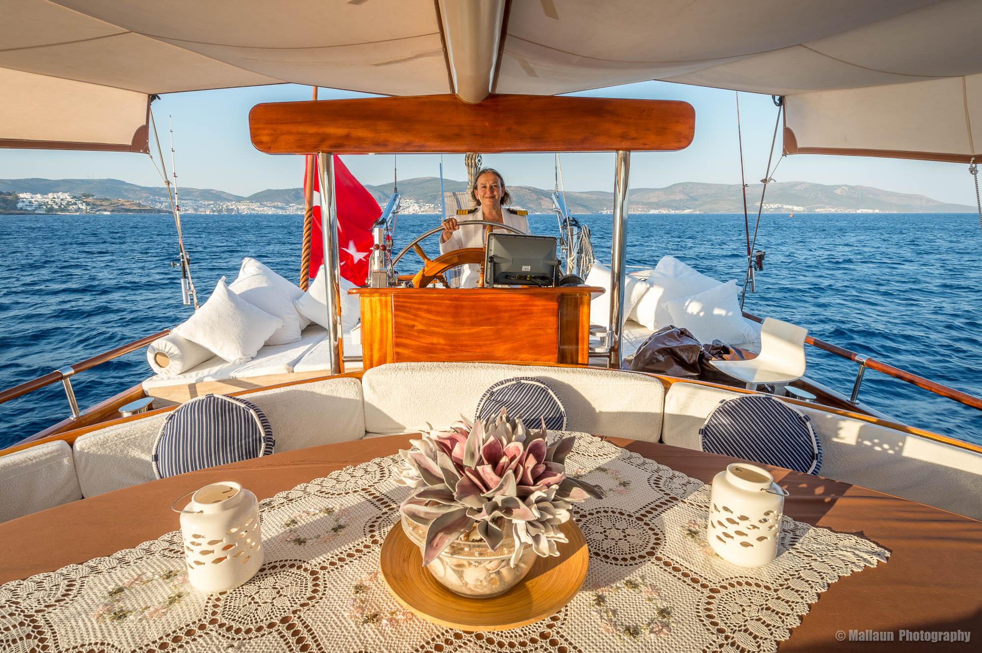 Von Mai bis September ist Nazan Corta mit ihrem prachtvollem Gulet «Princess Nazan Deniz» auf hoher See © Mallaun Photography