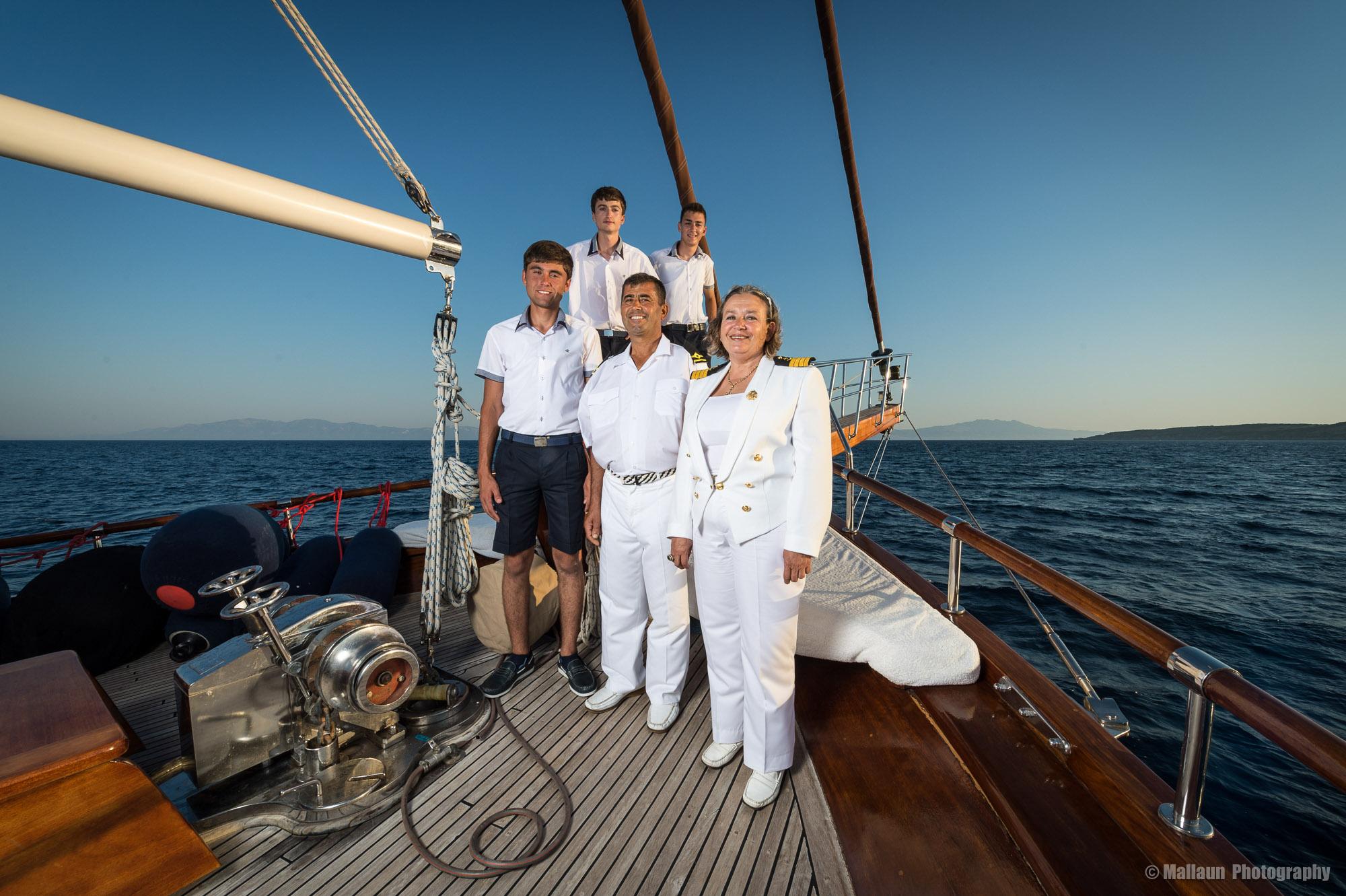 Die Crew des Gület Princess Nazan Deniz vor Bodrum © Mallaun Photography