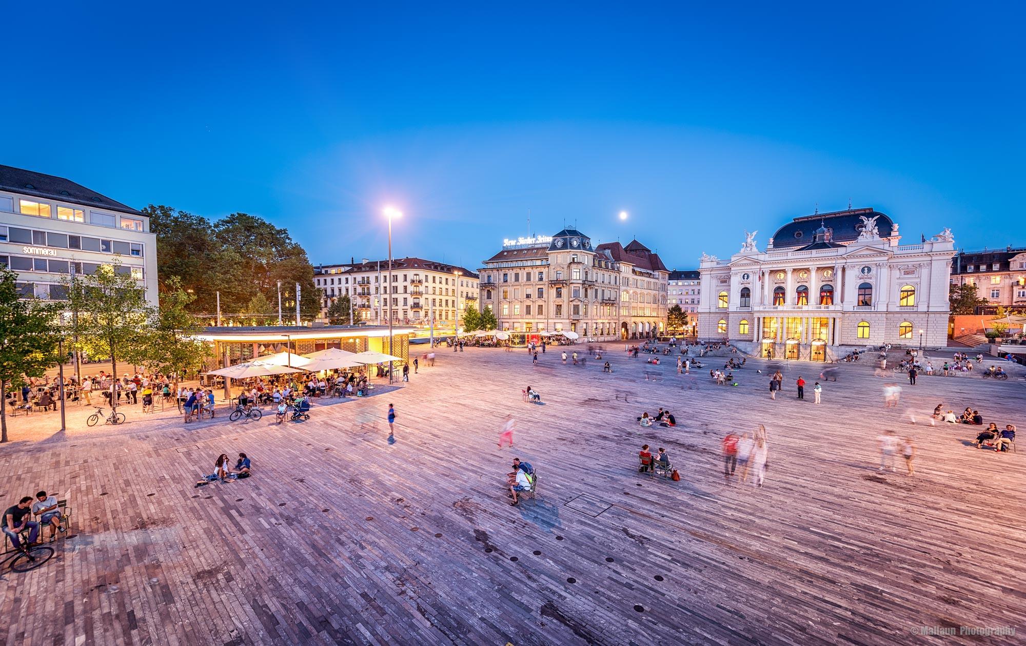 Bellevueplatz mit Opernhaus Zürich © Mallaun Photography