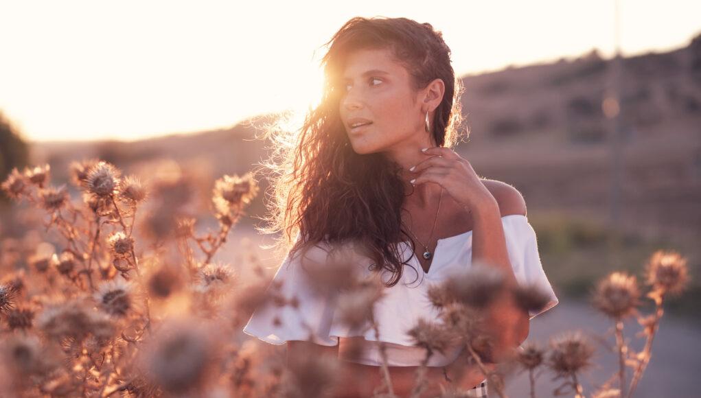 Model Pervin Büşra Doğanay im Abendlicht © Mallaun Photography