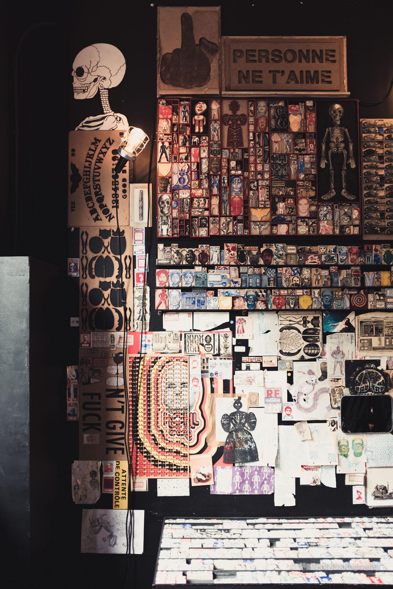 "Schaufenster ""Le Tampographe Sardon"" © Mallaun Photography"