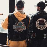 Eddie du Valle und Alexandre von den Bike-Clubs Waid'n Bike und Blackbeard. © Mallaun Photography